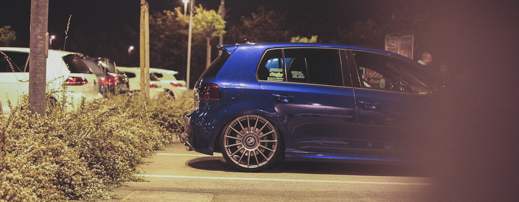 Volkswagen Night