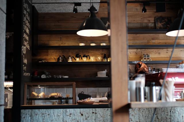 MONZ CAFE interior