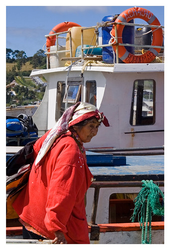 chile red ferry canon boats quellon indigenouswoman ilsadegrandechilon