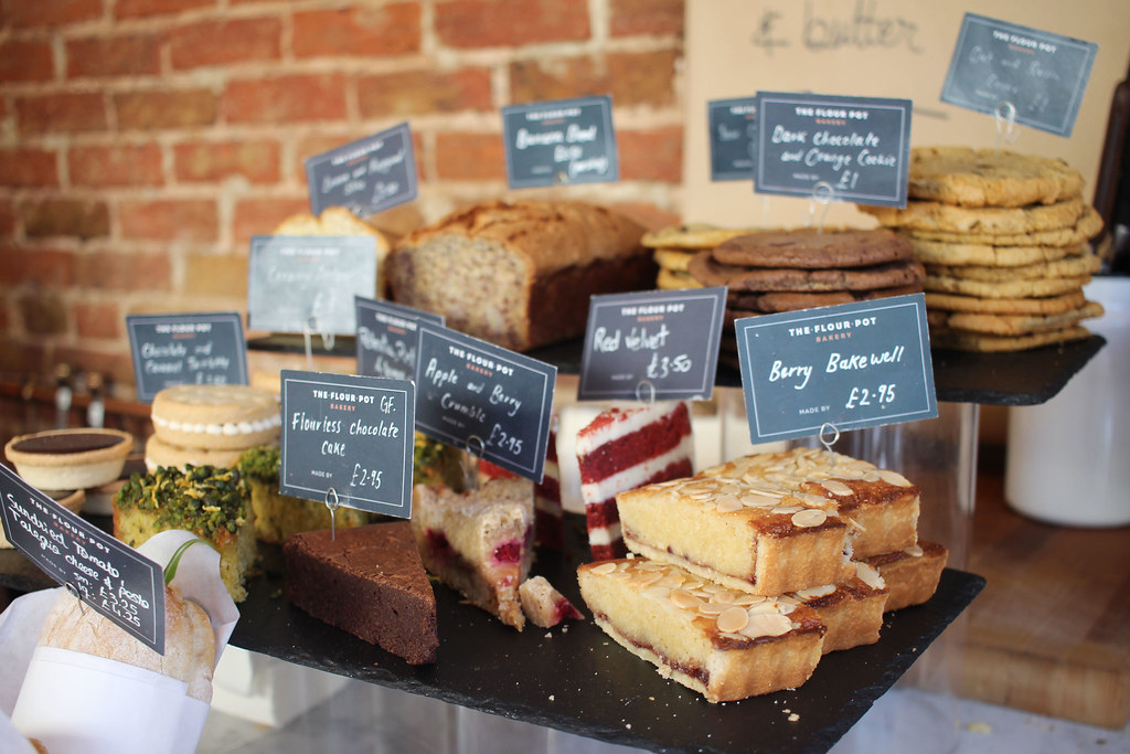 Weekend-City-Guide-Brighton-the-flour-pot-bakery-cakes