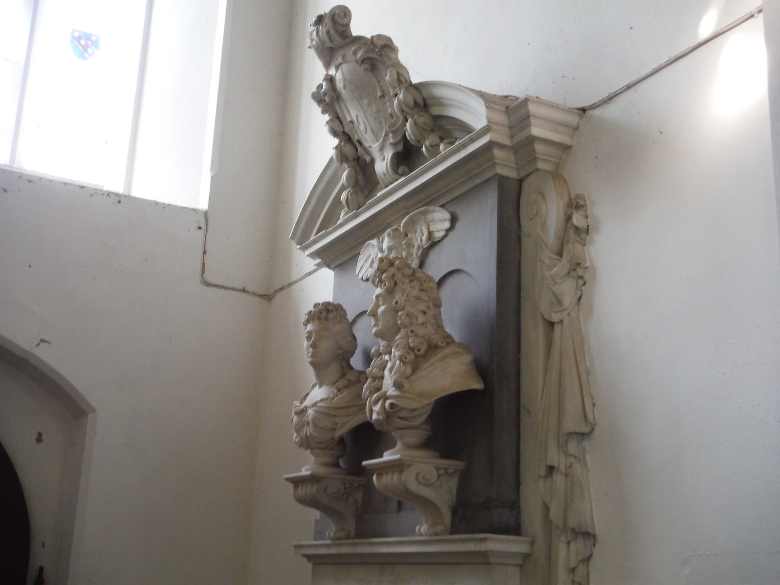 Marble sculptured monument, St. Mary the Virgin, Arkesden SWC Walk 116 Wendens Ambo [Audley End station] Circular