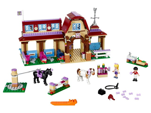 LEGO Friends 41126 - Heartlake Horse Riding Club