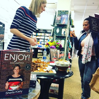 Can't miss the launch in @waterstones.cork right now! @gimmetherecipe's second cookbook, Enjoy! #cookbook #booklaunch #waterstonescork #corkcity #ifba #enjoycookbook #mercierpress
