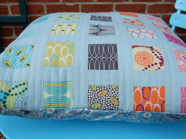 quilted cushion tah dah (7)