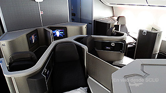 American Airlines B787-8 Business Class (RD)