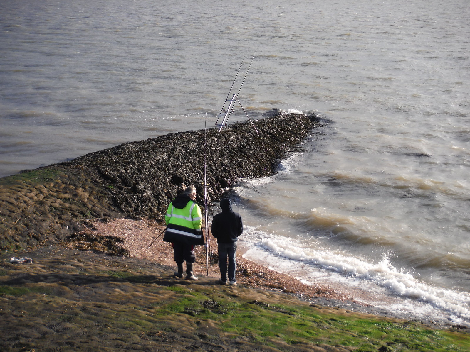 Fishing For Fresh Fish (cod & whiting apparently), SE corner of Canvey Island SWC Walk 258 Benfleet Circular (via Canvey Island)