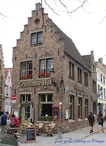 438px-Gruuthuse_Hof-Brügge 1