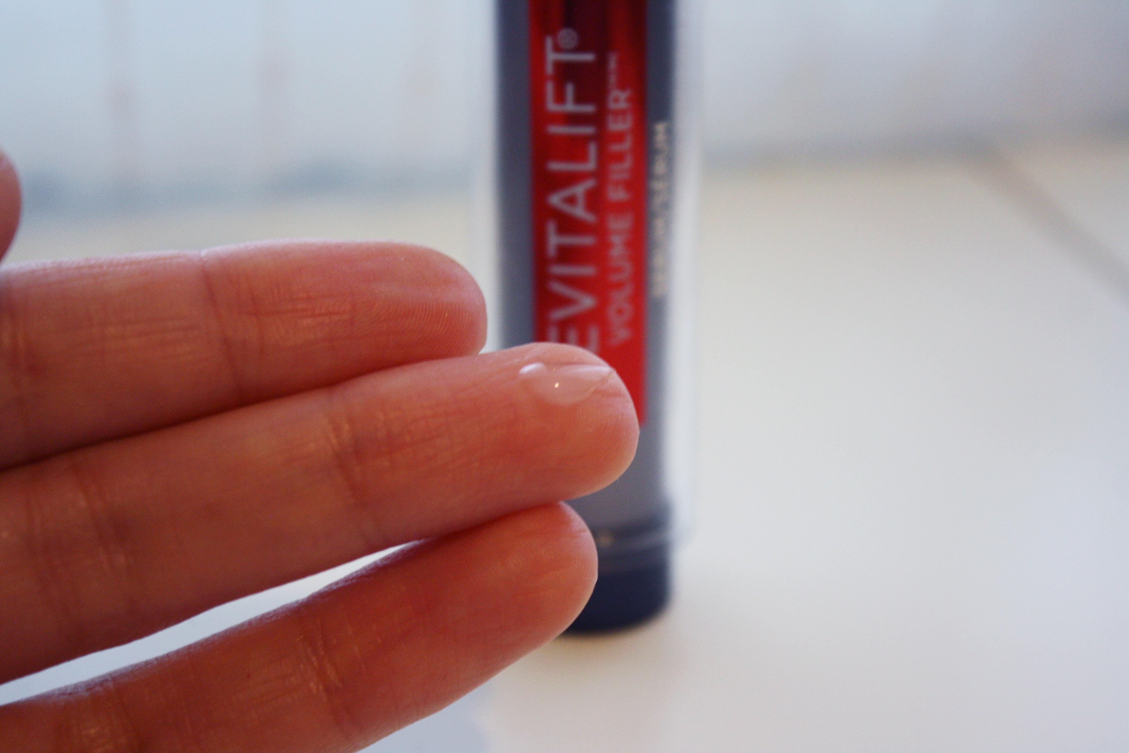 l'oreal revitalift volume filler line skincare hyaluronic acid review serum anti-aging mature skin