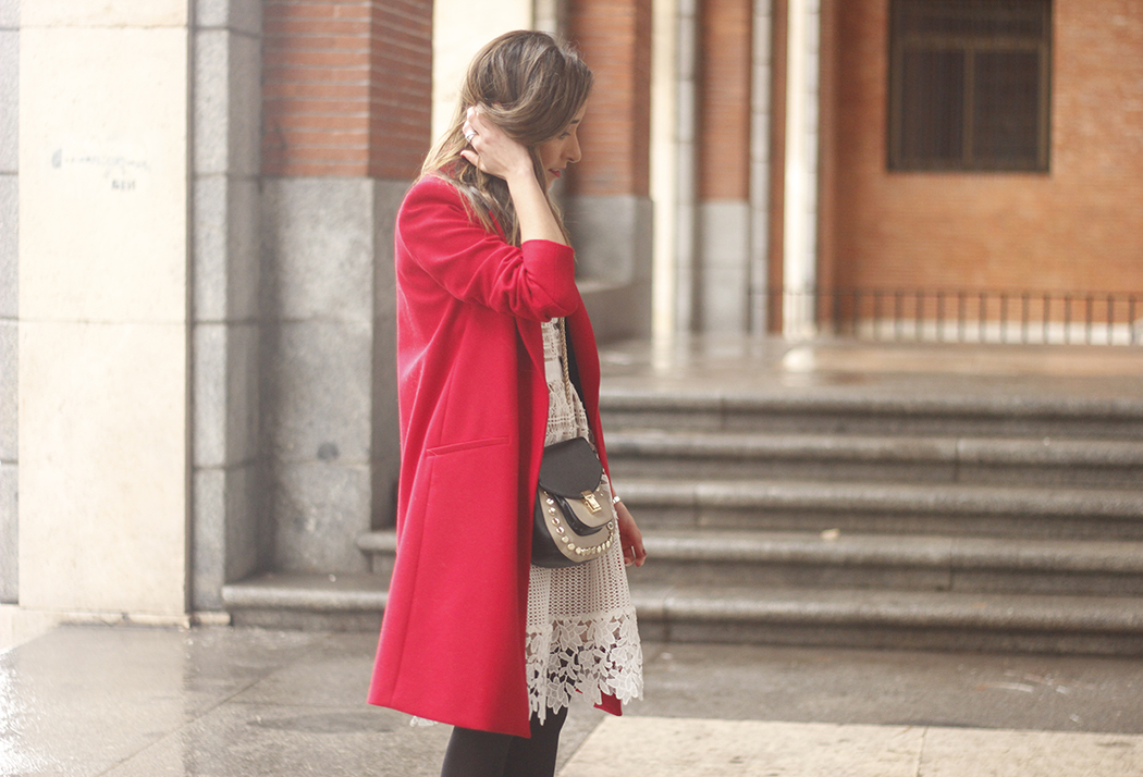 white lace dress with red coat uterqüe bag outfit style12