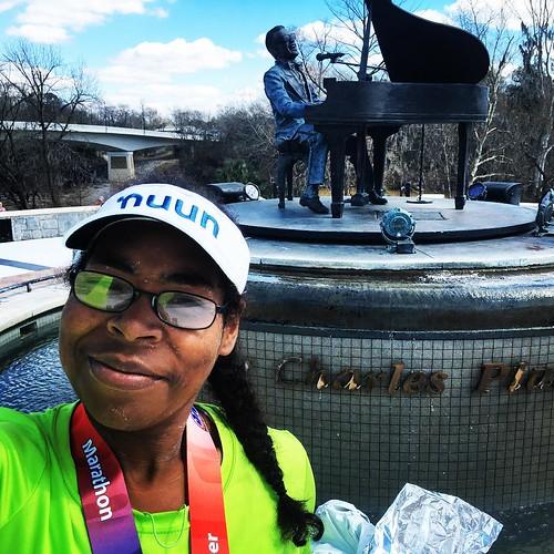 Yesterday in front of the Ray Charles Memorial! It was pretty cool and it even played music! #runalbanyga #marathon #marathonmaniacs #instatravel #travelgram #travelandleisure #travel #south #georgia