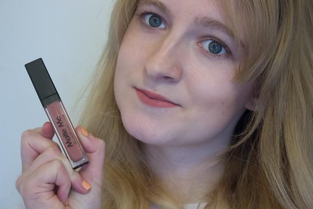 Sleek Matte Me lipstick in Birthday Suit