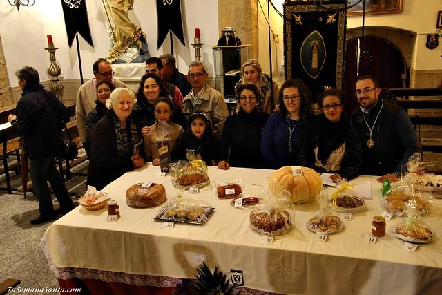 Mesa de ofrendas Cofradía de la Soledad