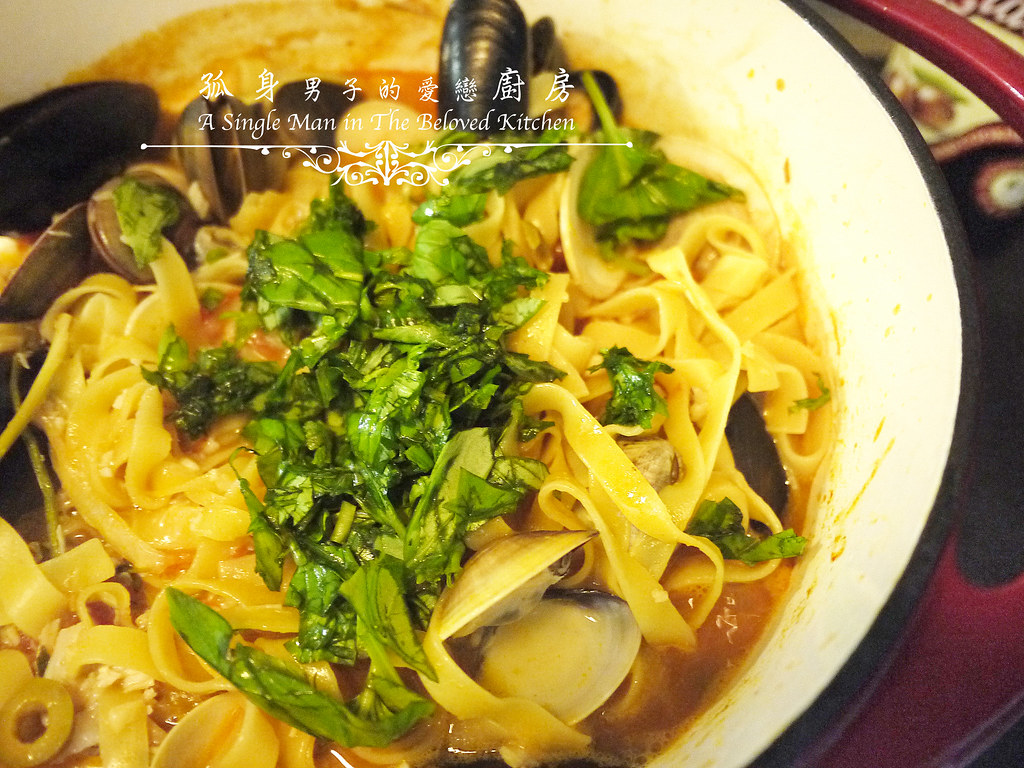 孤身廚房-寶迪鍋一鍋到底茄汁綜合貝類義大利麵佐烤天使紅蝦與櫛瓜28