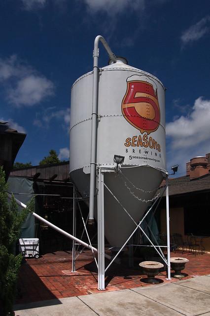 5 Seasons' silo