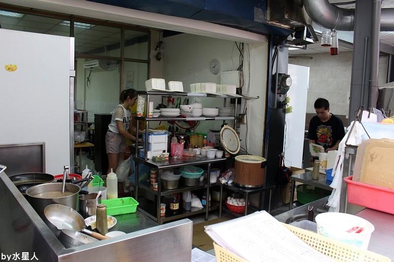 26326935372 a261c8c29d b - 台中西屯【巧味 異國料理】逢甲夜市眾人推薦的平價泰式料理,便宜又好吃!