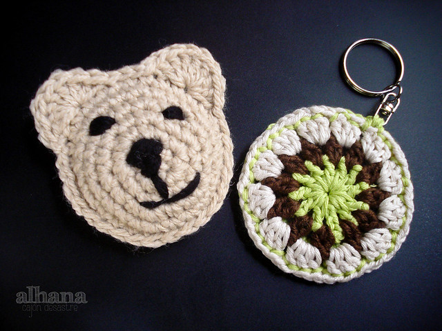 Crochet Teddy bear brooch and keychain