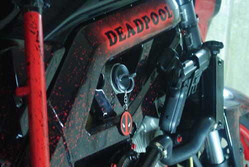 CustomTime Deadpool на базе Suzuki SV1000