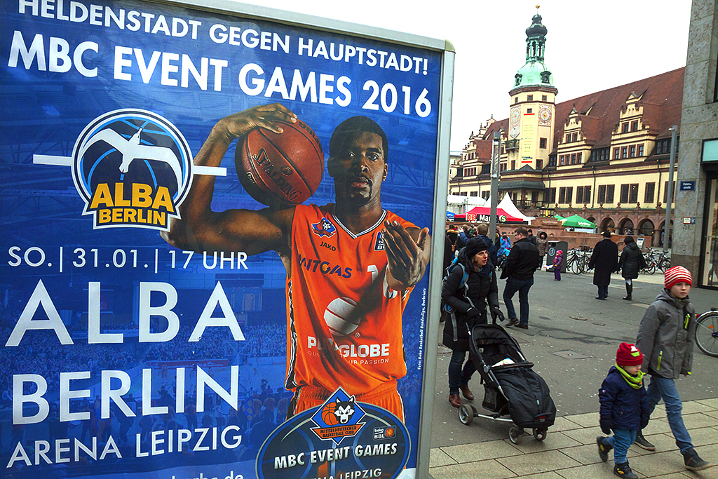 HELDENSTADT GEGEN HAUPTSTADT--Leipzig