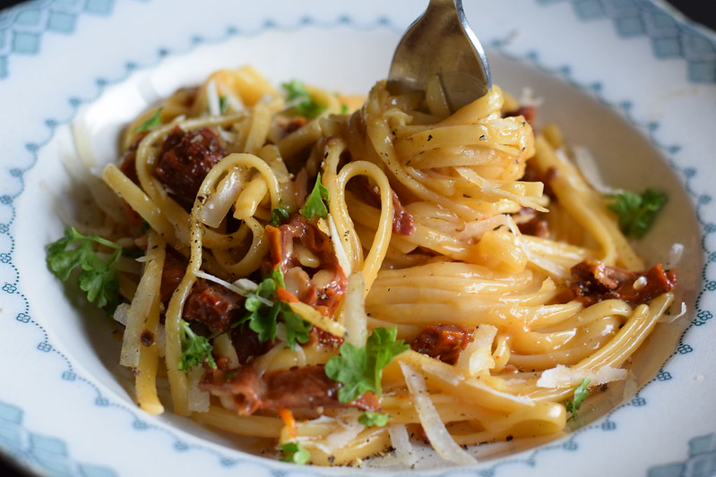 Sundried tomato carbonara