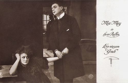 Mia May and Hans Mierendorff in Ein einsam Grab (1916)