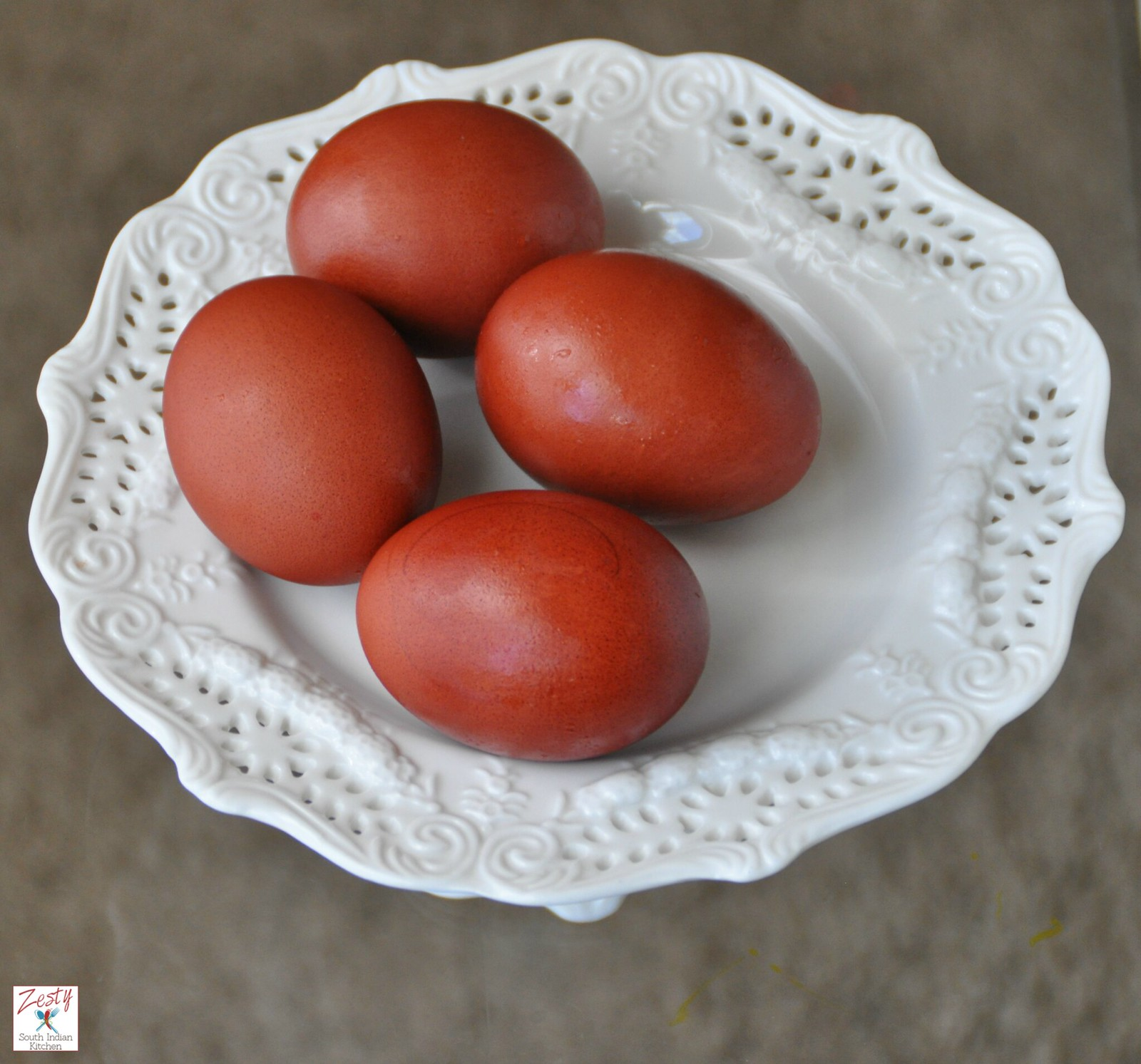 How To Dye Egg With Both Red And Yellow Onion Skins Zesty South