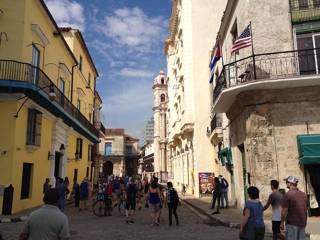 #Cuba Aunque de seguro no dejaran a @14ymedio entrar a reportar en lugares oficiales narraremos visita de #ObamaCuba
