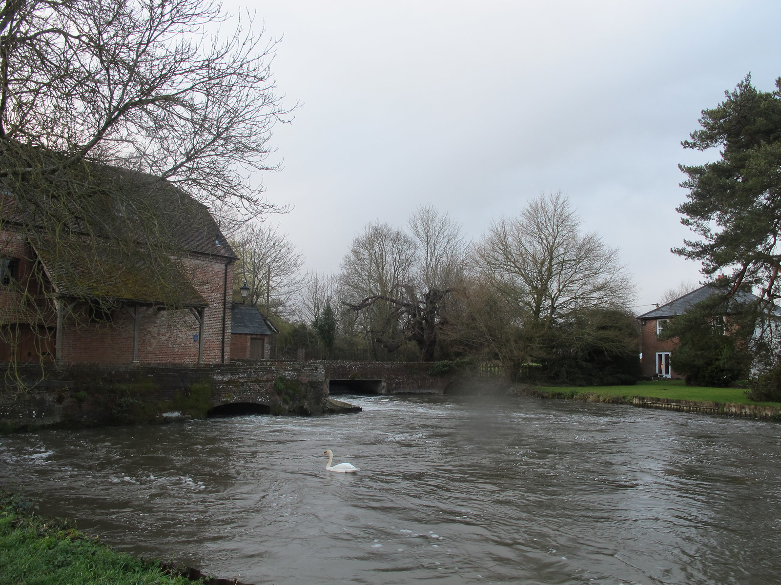 Sadler's Mill on the Test River, Romsey SWC Walk 58 Mottisfont and Dunbridge to Romsey taken by Karen C.