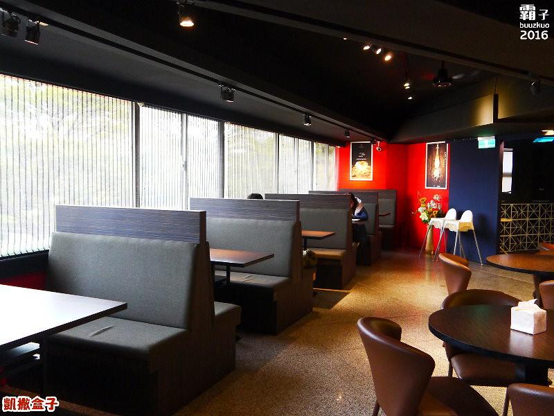 24092986910 901ee48648 b - 【熱血採訪】凱撒盒子日式雞排,台式洋食新址店面變大更寬敞!
