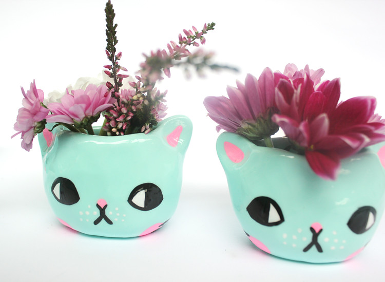 kitty planter by pony people