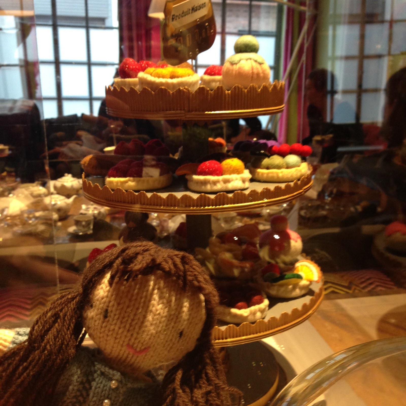 woolapple in the soho hotel with the cake display