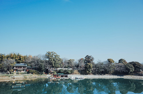 travel blue sky reflection water japan river landscape day quiet silent 28mm wide sunny clear reflect 日本 gr simple ricoh okayama dayview 岡山 gr2 旭川 grii