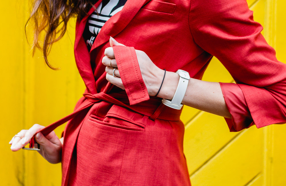 tie up bright red suit