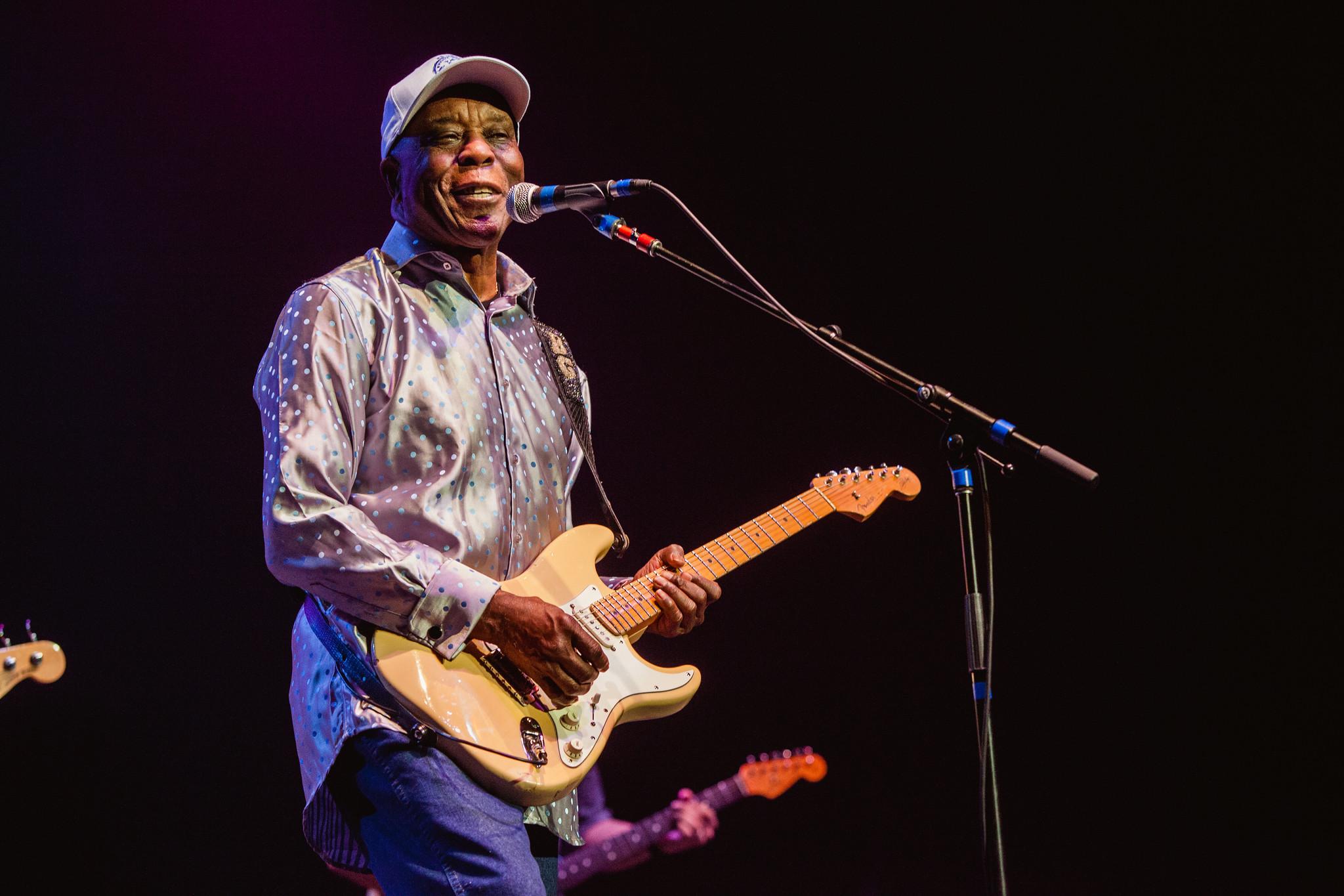 Buddy Guy w/ Experience Hendrix