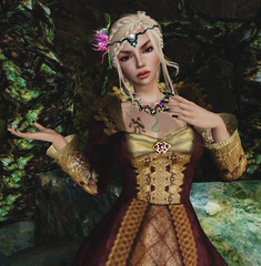FF2016 - Anachron (Gloriana Gown) - Zyn (Half Flowers - Necklace & Subliminal Diadem) & BamPu Legacies (Set 4 Legacy Realms Ruins Garden)