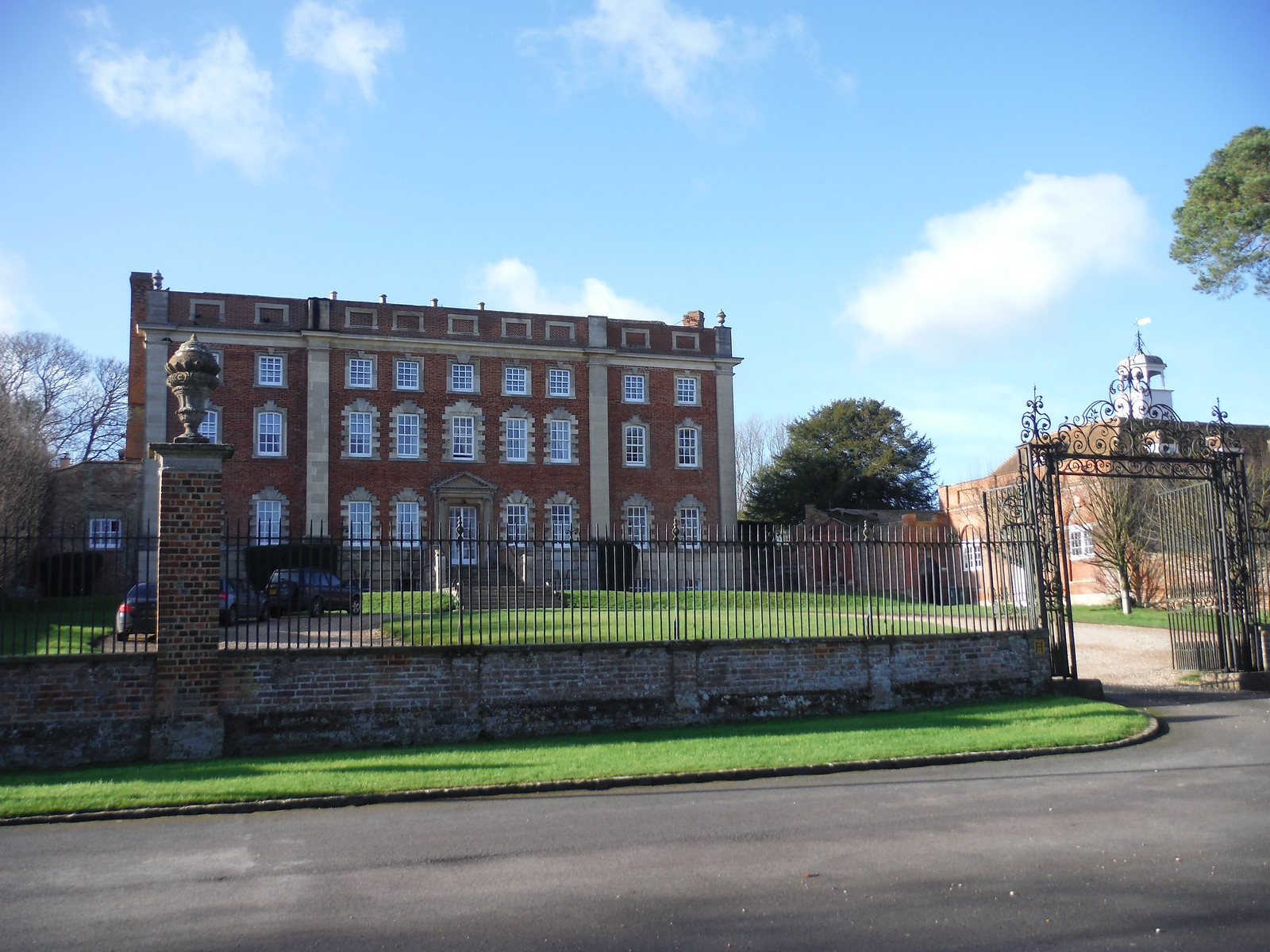 Chilton House SWC Walk 191a Haddenham Circular (w/o Brill)