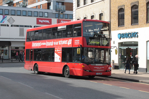 London United SP42 YT09BMO