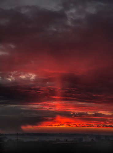 sky sunrise alberta springtime lovelight strathconacounty canonefs18135