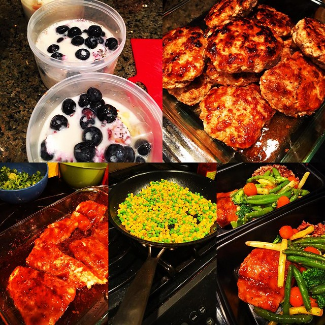 Did you read my blog post today about the great thing about Mondays? If you did you know my deal was to #mealprep completely this week. Guess what I did today? It's done and it feels so good. It was a great #mondaymotivation. How did #monday #motivate you