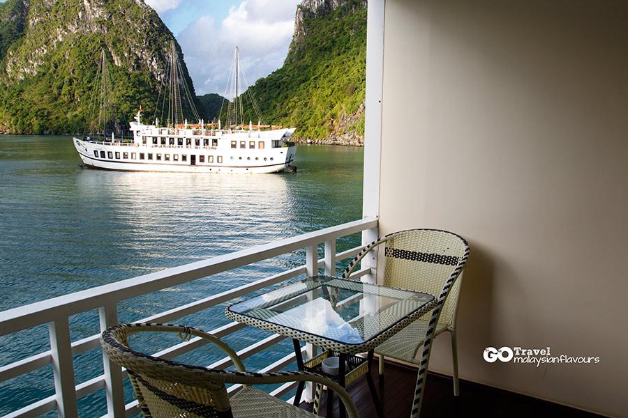 Halong Bay Vietnam 2D1N Trip Huong Hai Cruise