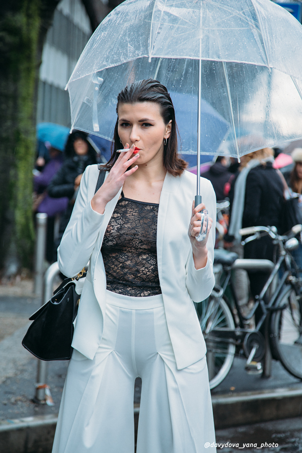 24757782223 bb36abc55a o - Стритстайл недели моды в Милане: Гости Armani Show в объективе Яны Давыдовой
