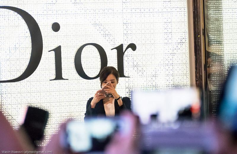 Tiffany SNSD Dior_02
