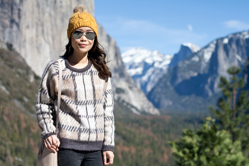 04yosemite-halfdome-travel-plaid-sweater-beanie
