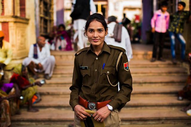 Femme Policière Pushkar India Photo: Mihaela Noroc