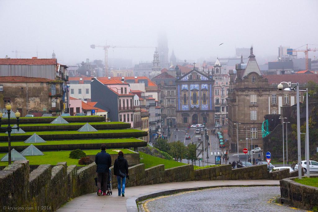 Porto [12]