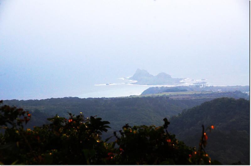 新港南溪山產道俯瞰三仙台