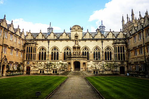 Oxford College facade and lawn