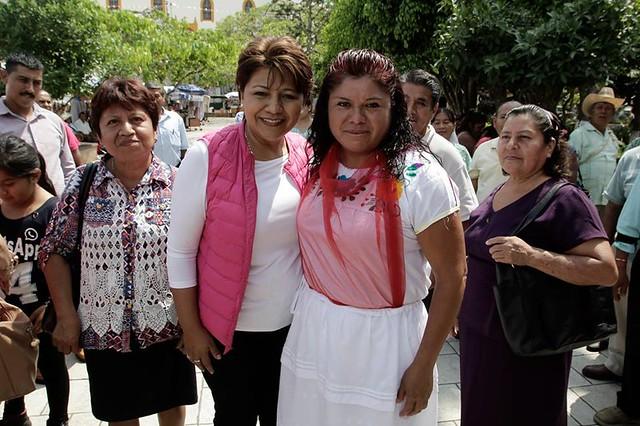 Candidata Alba Leonila Mendez