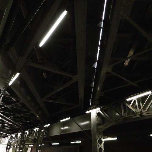 神田・秋葉原周辺の、この高架下の雰囲気が好き。