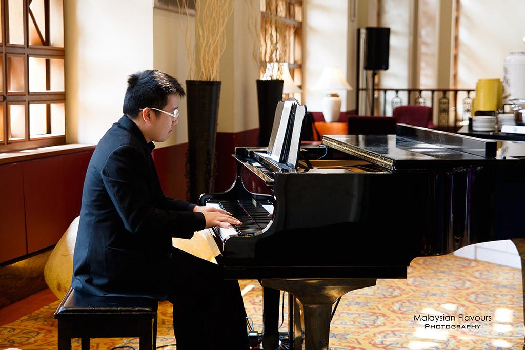 sheraton imperial kl piano