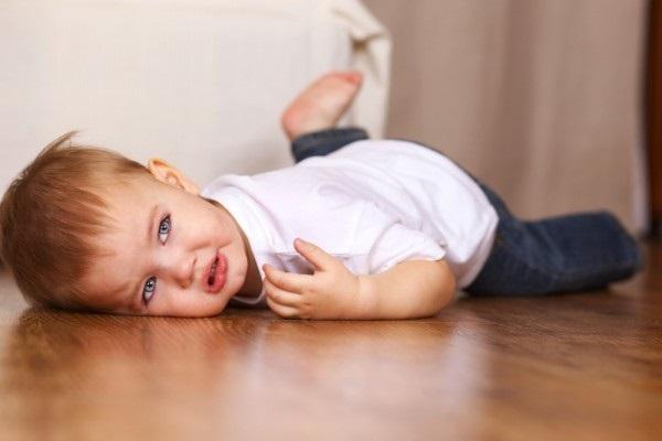 An toàn cho trẻ: Trước khi trẻ biết bò 3